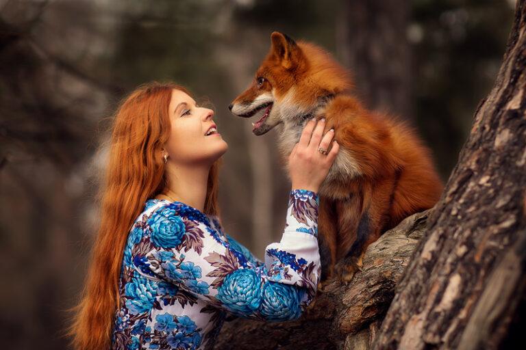 Фотосъемки-с-лисой-в-парке-Москва Анастасия Фаббро